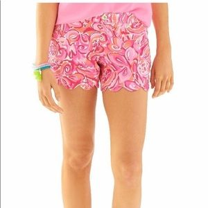 Lilly Pulitzer buttercup shorts size 4